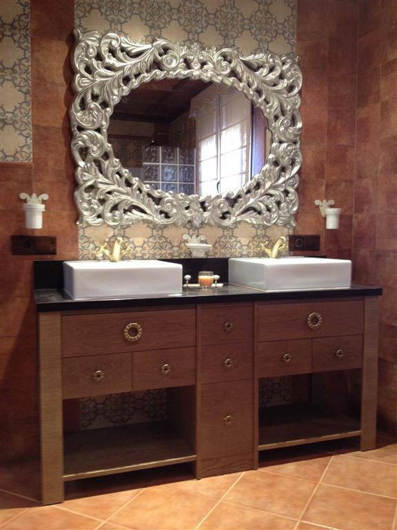 Muebles ba o carpinteria ebanisteria mariano montes for Muebles de bano de madera rusticos